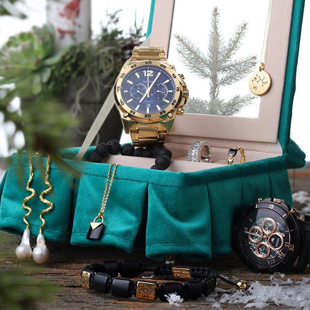 Smykker til kvinder og mænd i julegave i 2018