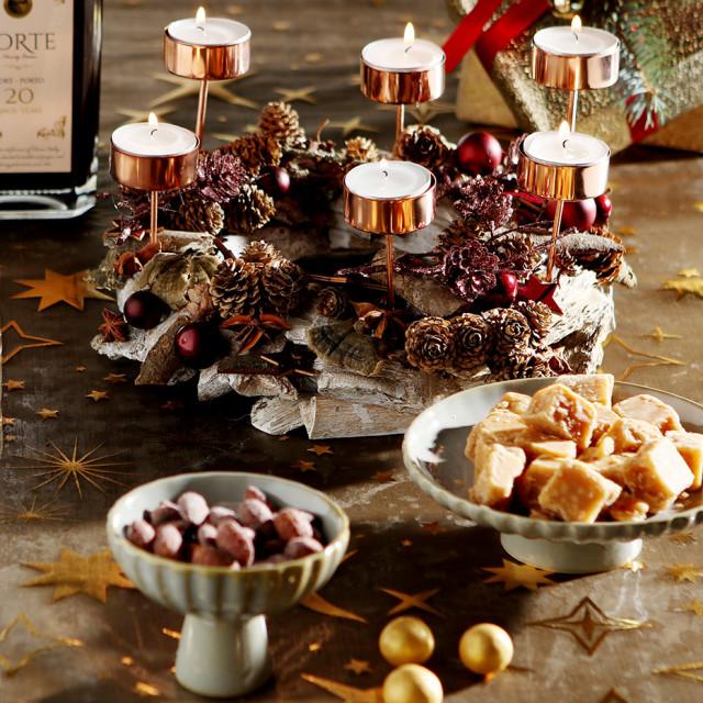 Vin til julefrokost og ideer til lækkerier og pynt til julebordet