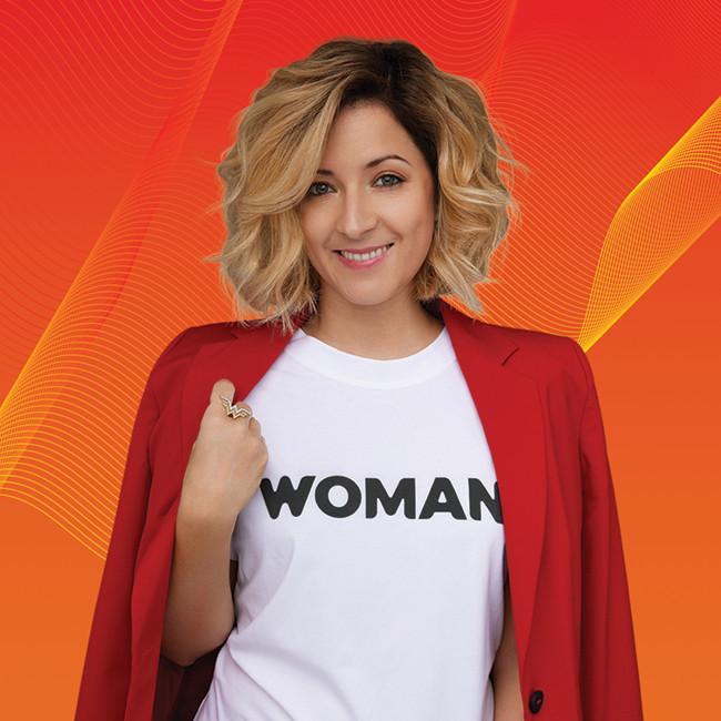 Legyen Tiéd a WOMAN póló - Limitált kiadás