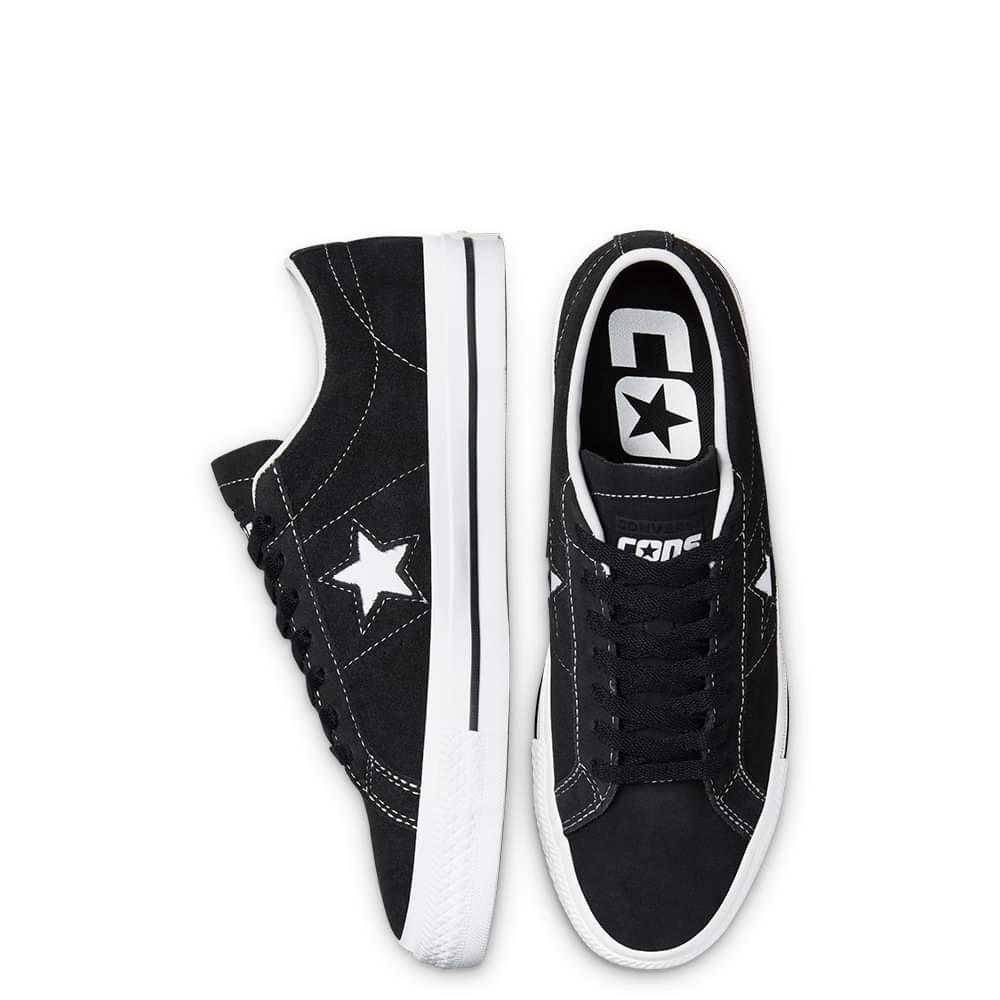 One Star Pro Black