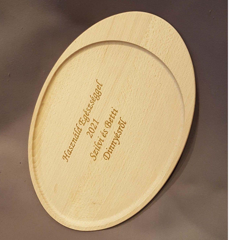 Ovális fa tálca egyedi felirattal