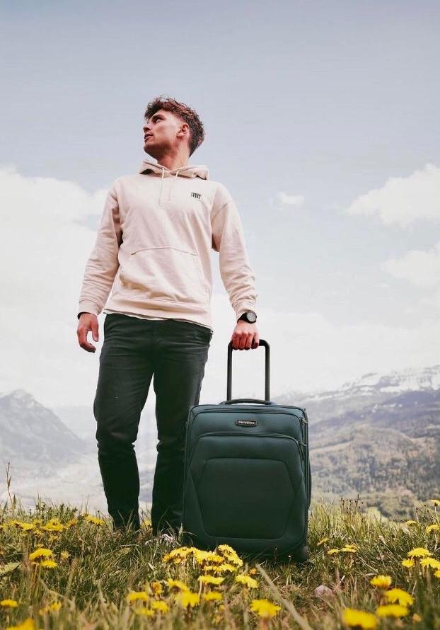 Spark SNG ECO🌾🍂:a puha bőröndök új generációja